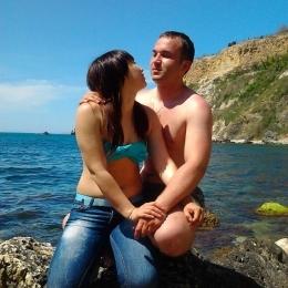Пара ищет девушку в  для развратного секса